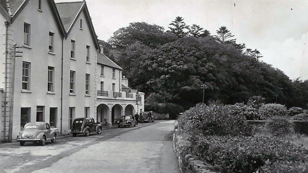 Historic Irish Hotel Leenane Hotel Connemara